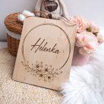 tabliczka imię – motyw kwiatów