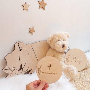 Drewniane dekoracje w pokoju dziecięcym