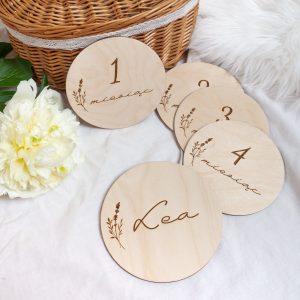Zestaw drewnianych tabliczek dla dziecka do sesji