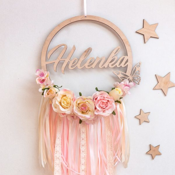 Łapacz snów dla dziewczynki ozdobiony kwiatkami