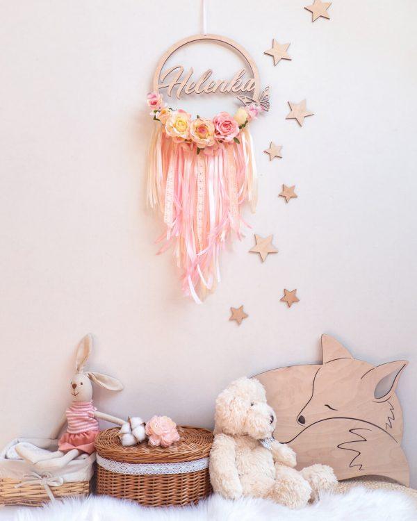 Łapacz snów w pokoju dziecięcym
