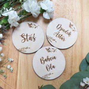 Drewniane winietki dla gości